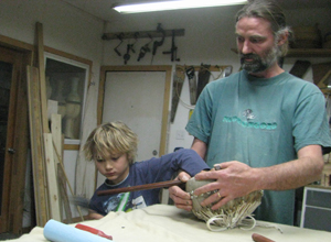 Michael, Lukas in Shop, kora shop build instrument